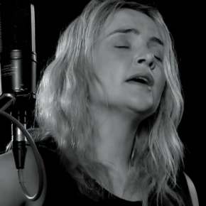 VIDEO: Emma Swift ~ Woodland Street (livevideo)