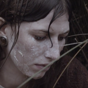 VIDEO: Aldous Harding ~ Stop Your Tears