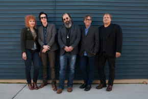 TICKET GIVEAWAY: Steve Earle @Metro Theatre