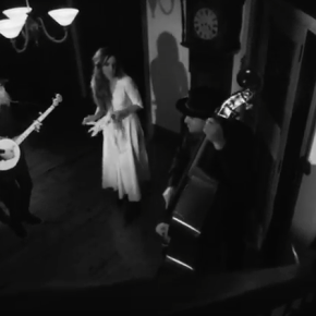 VIDEO: Tori Forsyth – Black Bird