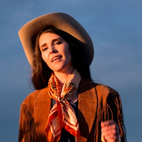 TOUR NEWS: Fanny Lumsden Announces Annual Country Halls Tour