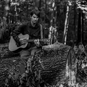 Mike Etten releases his new psych-folk single 'Saints'